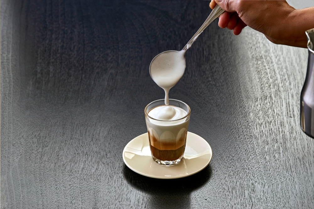 how to make a cappuccino with an espresso machine 5