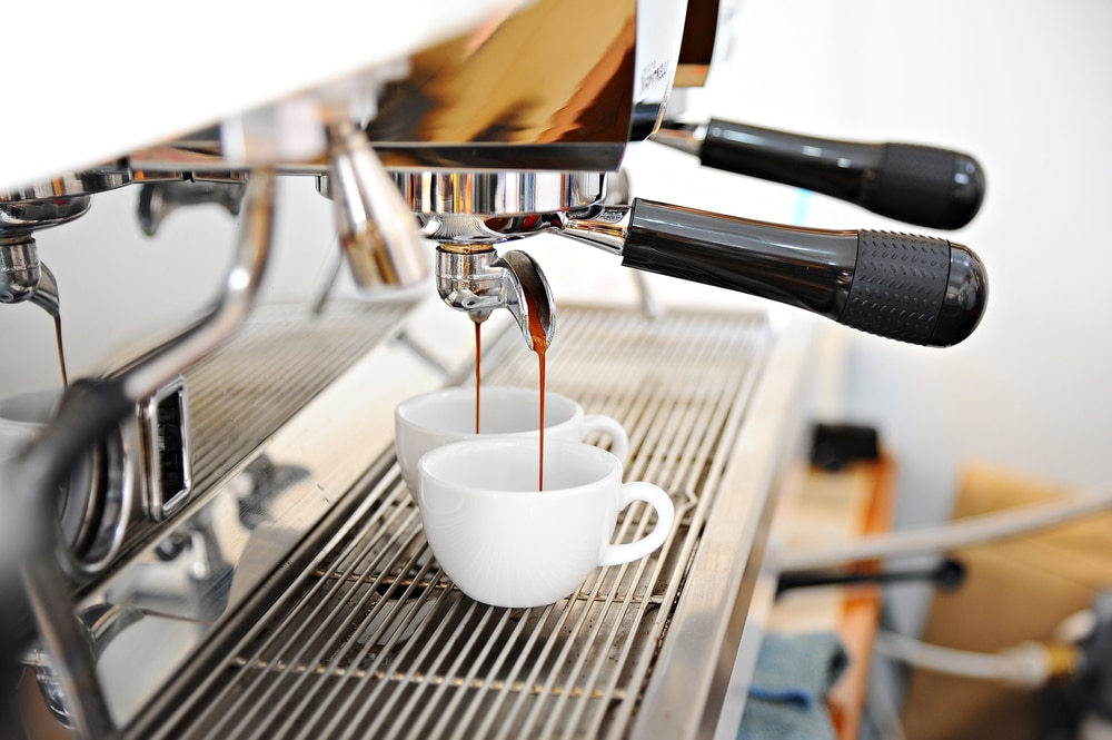 how to make a cappuccino with an espresso machine 6