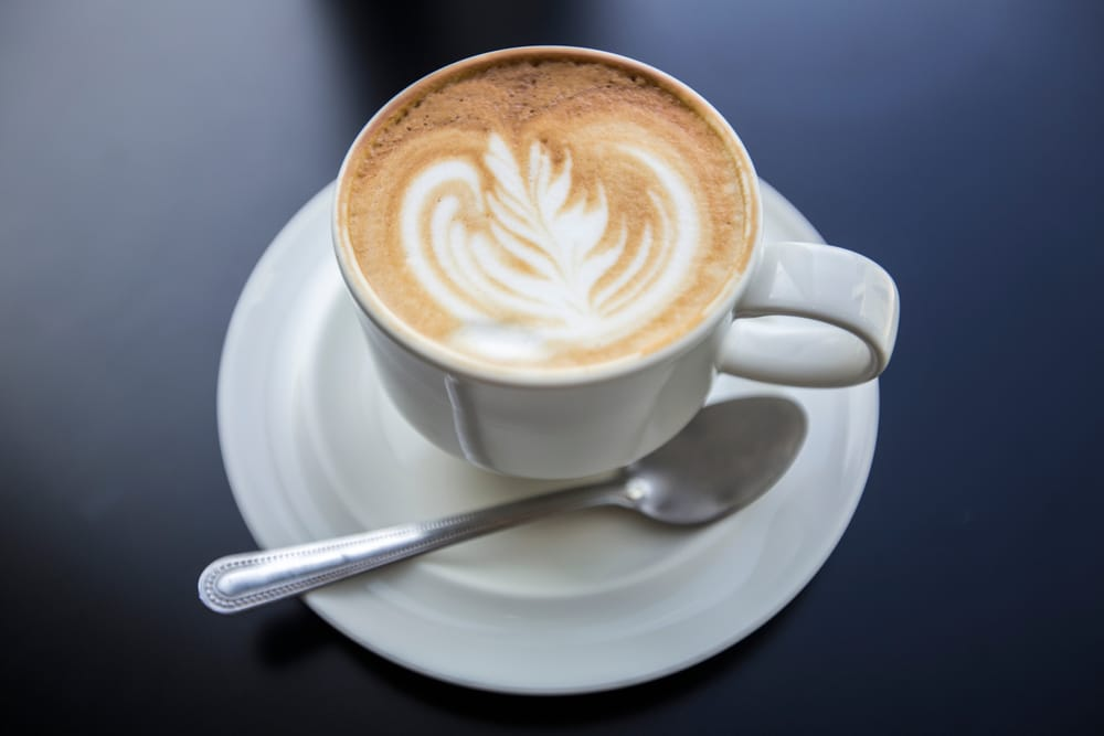how to make a latte with an espresso machine 10