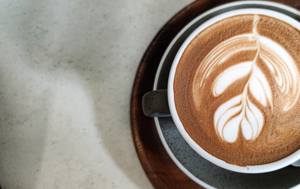 how to make a latte with an espresso machine 2