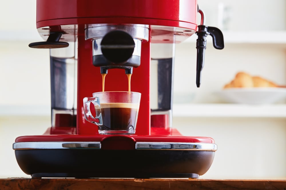 how to make a latte with an espresso machine 4