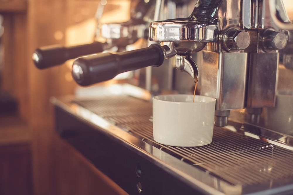 how to make a latte with an espresso machine 5